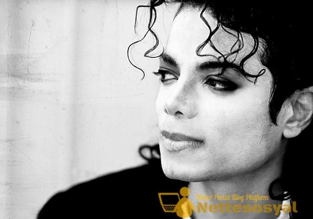 4. Michael Jackson - 181.2